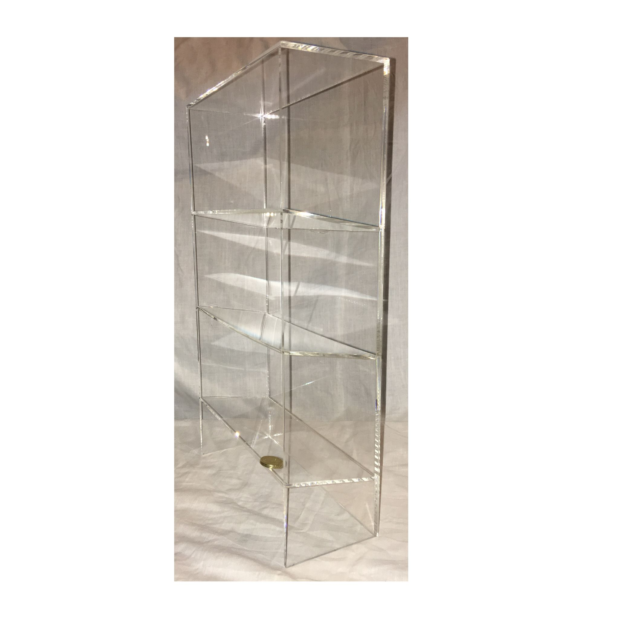 1 High Gloss Clear Acrylic Display Case With 3 Tilted